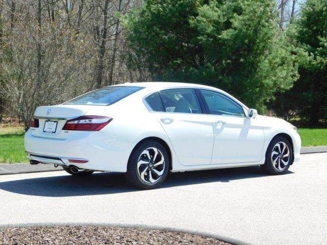 Pre Owned 2017 Honda Accord Ex L V6 Auto W Navi